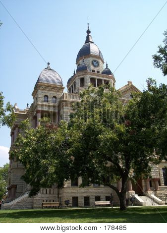 Historic Courthouse 1199