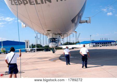 Zeppelin_02