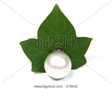 Christmas Pearl