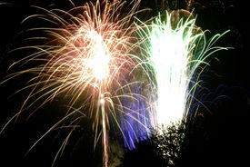 foto of guy fawks  - Time exposure of a firework display - JPG