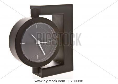 Reloj de escritorio de la oficina moderna con estilo