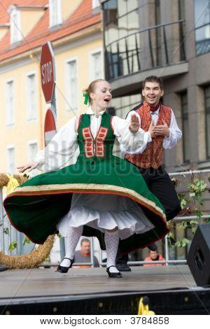 Traditional Latvian Folk Dancing
