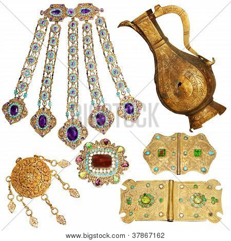200 year old jewelery set