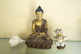 image of samadhi  - A beautiful statue of Amitabha Buddha sitting on a Lotus Base handmade from copper alloy and 24 K gold with gold paint on his face.