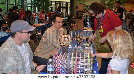 Hypnocube At The Ann Arbor Mini Maker Faire