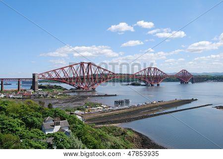 Vista del puente de Forth