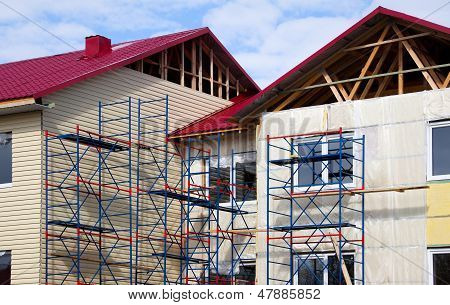 Construction Of The House. Fa�ade
