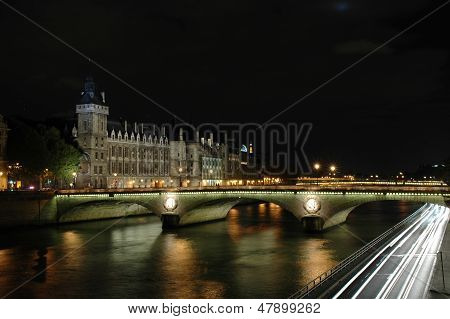 Night Shot Of The Pont Au Change, Paris