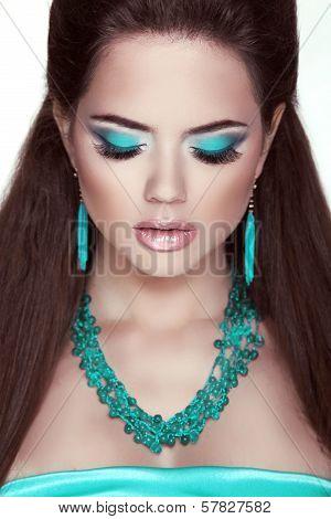 Makeup. Jewelry. Glamour Fashion Beauty Woman Portrait. Closeup Of Girl Model