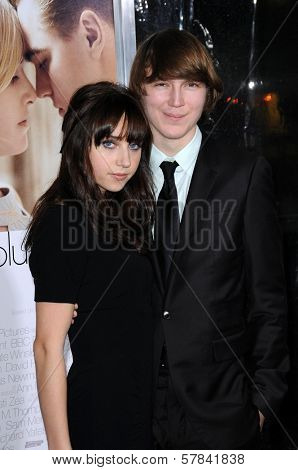 Zoe Kazan and Paul Dano   at the World Premiere of 'Revolutionary Road'. Mann Village Theater, Westwood, CA. 12-15-08