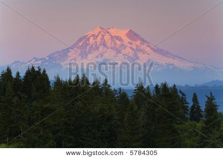 Mt Ranier Sunset
