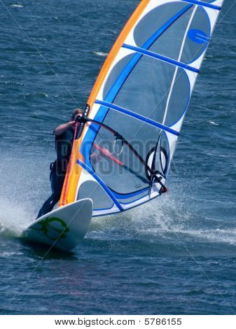 Windsurfer in Powerjibe