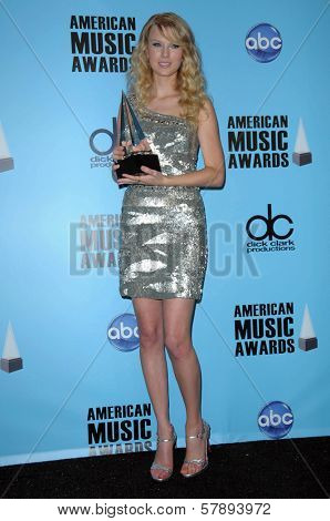 Taylor Swift  in the press room at the 2008 American Musica Awards. Nokia Theatre, Los Angeles, CA. 11-23-08
