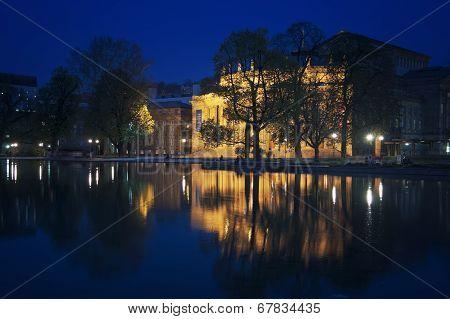 Stuttgart State Theater at night