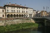 pic of vicenza  - View of town of Vicenza - JPG