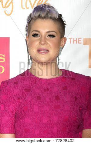 LOS ANGELES - DEC 7:  Kelly Osbourne at the