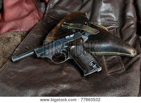 German Officers Sidearm.