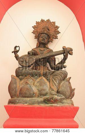 Sculpture on bronze of Vishnu