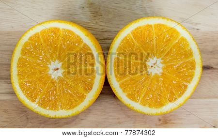 Oranges on cutting