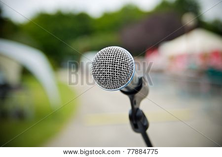 Microphone Outdoors