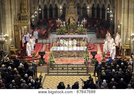 ZAGREB, CROATIA - 05 APRIL: Easter Mass at the Cathedral of the Assumption of Virgin Mary in Zagreb on April 05, 2015