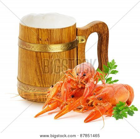 Wooden Mug With Beer And Red Lobsters Isolated On A White Background