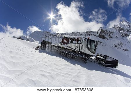 Ratrak, grooming machine, special snow vehicle on ski piste