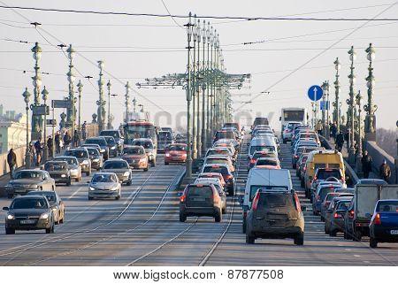 Saint-Petersburg. Russia. Transport on the Trinity Bridge