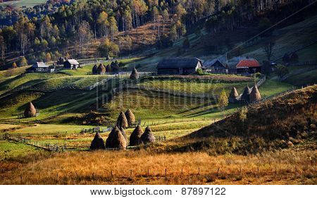 mountain landscape in  autumn morning  - Fundatura Ponorului, Romania