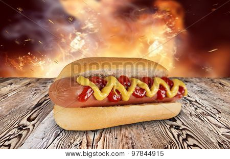 hot dog on wooden background