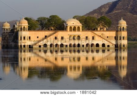 Water Palace, Jaipur. India
