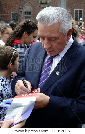 WROCLAW, POLAND - JUNE 02: Andrzej Leper (4th R) Polish former prime minister meets people before elections to the EU parliament, June 02, 2009 in Wroclaw, Poland