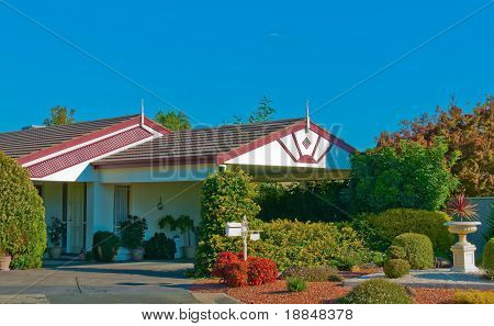 Well Established Modern Home And Garden