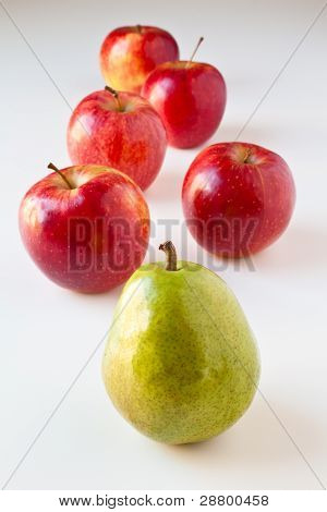 Follow The Leader - Pear And Apples