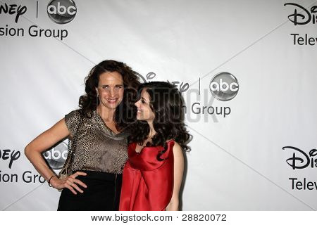 LOS ANGELES - JAN 10:  Andie McDowell, Erica Dasher arrives at the ABC TCA Party Winter 2012 at Langham Huntington Hotel on January 10, 2012 in Pasadena, CA
