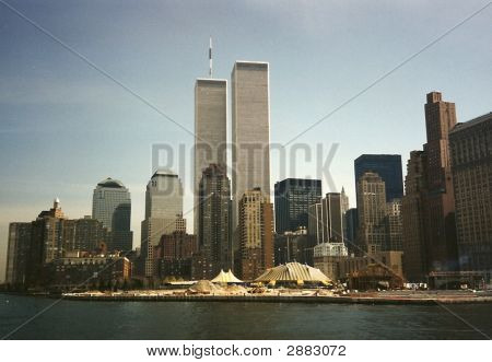 Manhattan Skyline With World Trade Center, New York