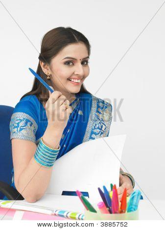 Asian Female Executive Of Indian Origin
