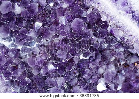 Amethyst rock close