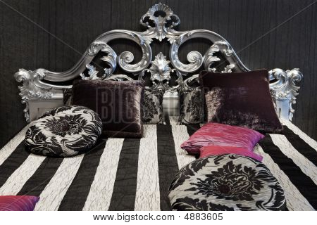 Beautiful And Fashionable Bed