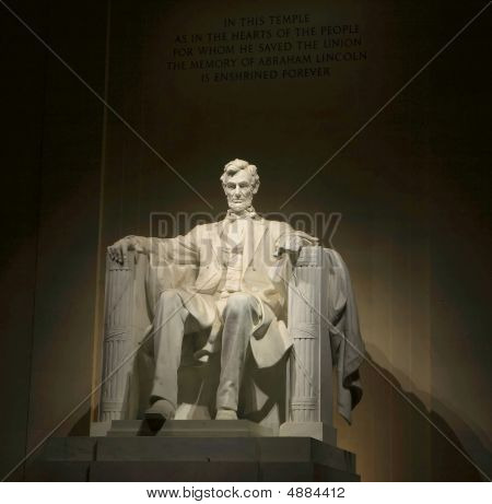 President Abraham Lincoln memorial night time portrait