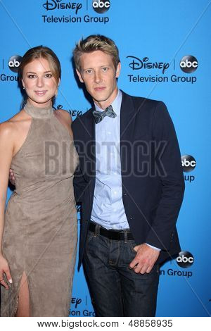 LOS ANGELES - AUG 4:  Emily Van Camp, Gabriel Mann arrives at the ABC Summer 2013 TCA Party at the Beverly Hilton Hotel on August 4, 2013 in Beverly Hills, CA