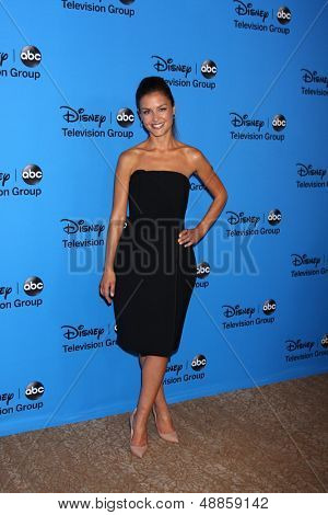 LOS ANGELES - AUG 4:  Hannah Ware arrives at the ABC Summer 2013 TCA Party at the Beverly Hilton Hotel on August 4, 2013 in Beverly Hills, CA