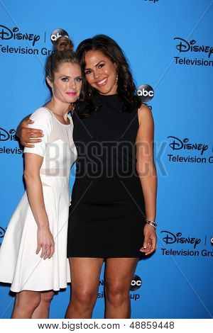 LOS ANGELES - AUG 4:  Maggie Lawson, Jenora Crichlow arrives at the ABC Summer 2013 TCA Party at the Beverly Hilton Hotel on August 4, 2013 in Beverly Hills, CA