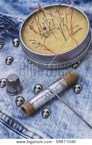 fabric with skulls