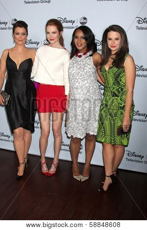 LOS ANGELES - JAN 17:  Bellamy Young, Darby Stanchfield, Kerry Washington, Katie Lowes at the ABC TCA Winter 2014 at The Langham Huntington on January 17, 2014 in Pasadena, CA