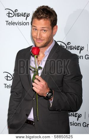 LOS ANGELES - JAN 17:  Juan Pablo Galavis at the Disney-ABC Television Group 2014 Winter Press Tour Party Arrivals at The Langham Huntington on January 17, 2014 in Pasadena, CA