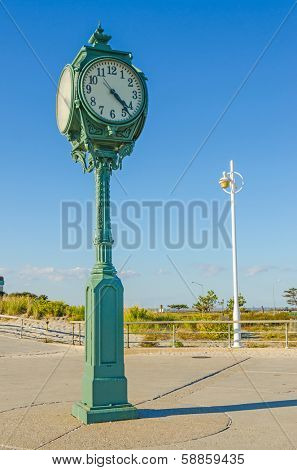 Jacob Riis Park, Rockaway, Queens, NYC, USA: famous clock
