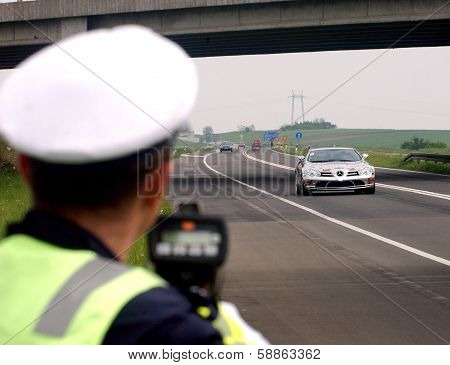 Police speed control