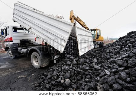 coal truck transport