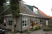 image of quaint  - A typical historic house in the village of Egmond Binnen - JPG